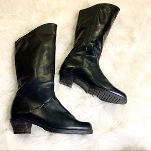 Santana Canada Black Leather Boots Sz 10